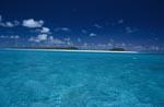Midway Lagune mit glasklarem Wasser