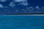Blaue Midway Lagune mit Insel