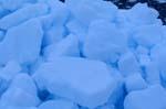 Aufgetürmtes Packeis in der Arktis